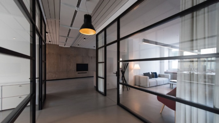 Why Interior Designers Are Increasingly Using Smart Glass Film